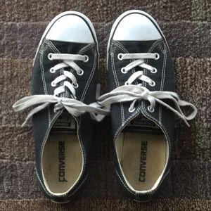 Black Converse Tennis Shoes